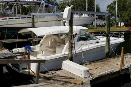 Sea Ray 370 Express Cruiser for sale in United States of America for 49.995 $ (38.020 £)