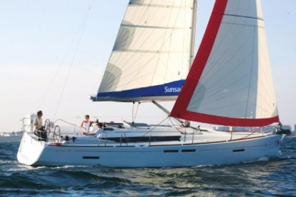 Jeanneau Sun Odyssey 409 for sale in Spain for €112,000 (£100,137)