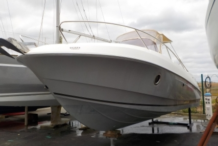 Beneteau Flyer 750 Sundeck for sale in France for €33,000 (£29,618)