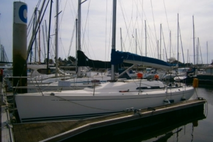 X-Yachts X-35 for sale in France for €80,000 (£70,076)