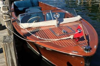 Chris-Craft 22 Runabout for sale in United States of America for $20,500 (£15,218)