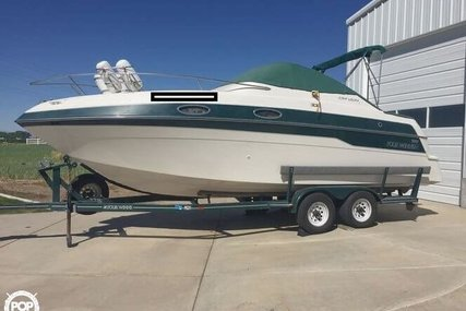 Four Winns 258 Vista for sale in United States of America for $18,900 (£14,600)