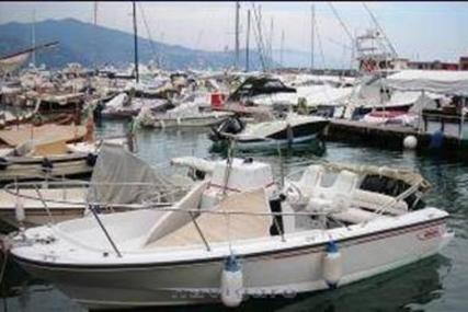 Boston Whaler 210 Outrage for sale in Italy for €19,000 (£17,061)