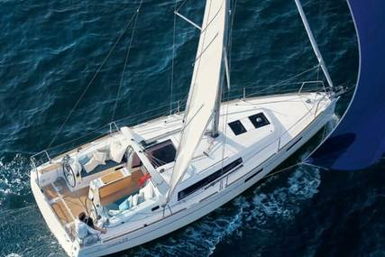 Beneteau 35 Oceanis WE - lifting keel for sale in United States of America for $175,000 (£137,763)