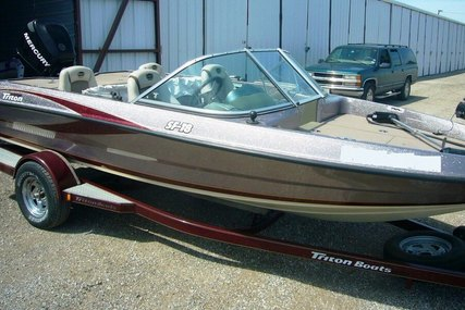 Triton SF-18 for sale in United States of America for $15,500 (£11,631)
