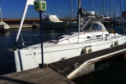 Beneteau First 30 for sale in Greece for €65,000 (£58,175)