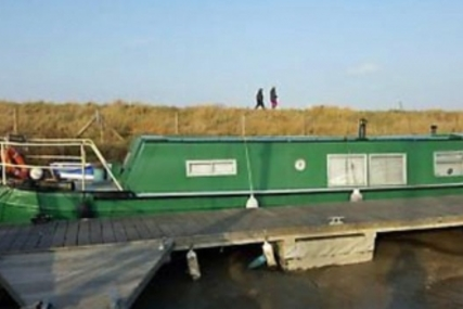 Houseboat CUSTOMBUILT STEEL 16 for sale in United Kingdom for £44,950