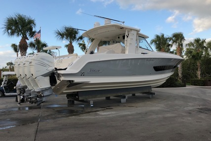 Boston Whaler 42 OUTRAGE for sale in United States of America for $725,000 (£552,044)