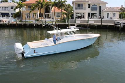 ROBIN SMITH Custom Carolina for sale in United States of America for $495,000 (£389,301)