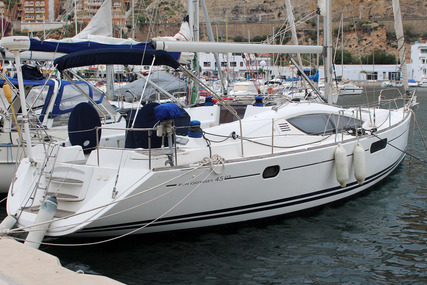Jeanneau Sun Odyssey 45 DS for sale in Spain for €159,000 (£136,010)