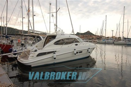 Sealine SC 39 for sale in Italy for €108,000 (£96,458)