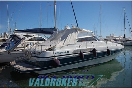Pershing 40 for sale in Italy for €74,000 (£66,091)
