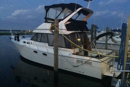 Bayliner 3288 Flybridge for sale in United States of America for $31,200 (£23,549)