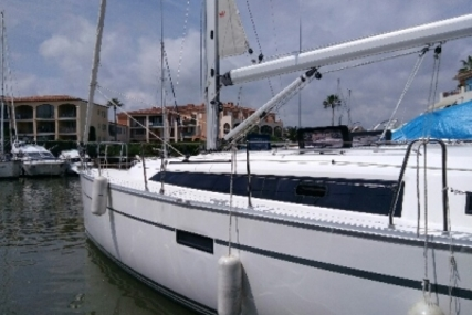 Bavaria 37 Cruiser for sale in France for €109,000 (£95,550)