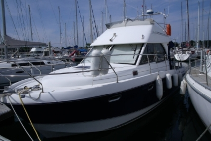 Beneteau Antares 9.80 for sale in France for €89,000 (£77,987)