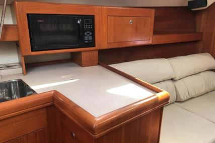 Hunter 420 for sale in United States of America for $129,000 (£95,761)