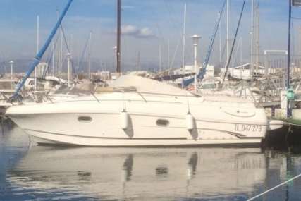 Jeanneau Leader 805 for sale in France for €32,000 (£28,067)