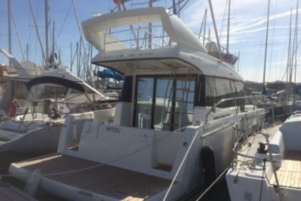 Jeanneau Velasco 37 F for sale in France for €279,000 (£244,565)