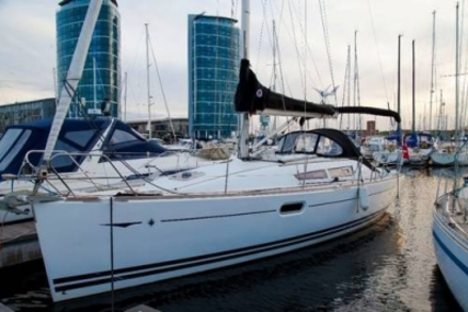 Jeanneau Sun Odyssey 36i for sale in United Kingdom for £67,500