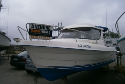 Quicksilver 650 Weekend for sale in France for €15,000 (£13,193)