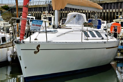 Beneteau First 35S5 for sale in Belgium for 32.000 € (28.008 £)