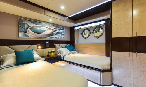 Image of Majesty 90 (New) for sale in United Arab Emirates for €3,060,504 (£2,674,634) Dubai & VAE, Dubai & VAE, United Arab Emirates