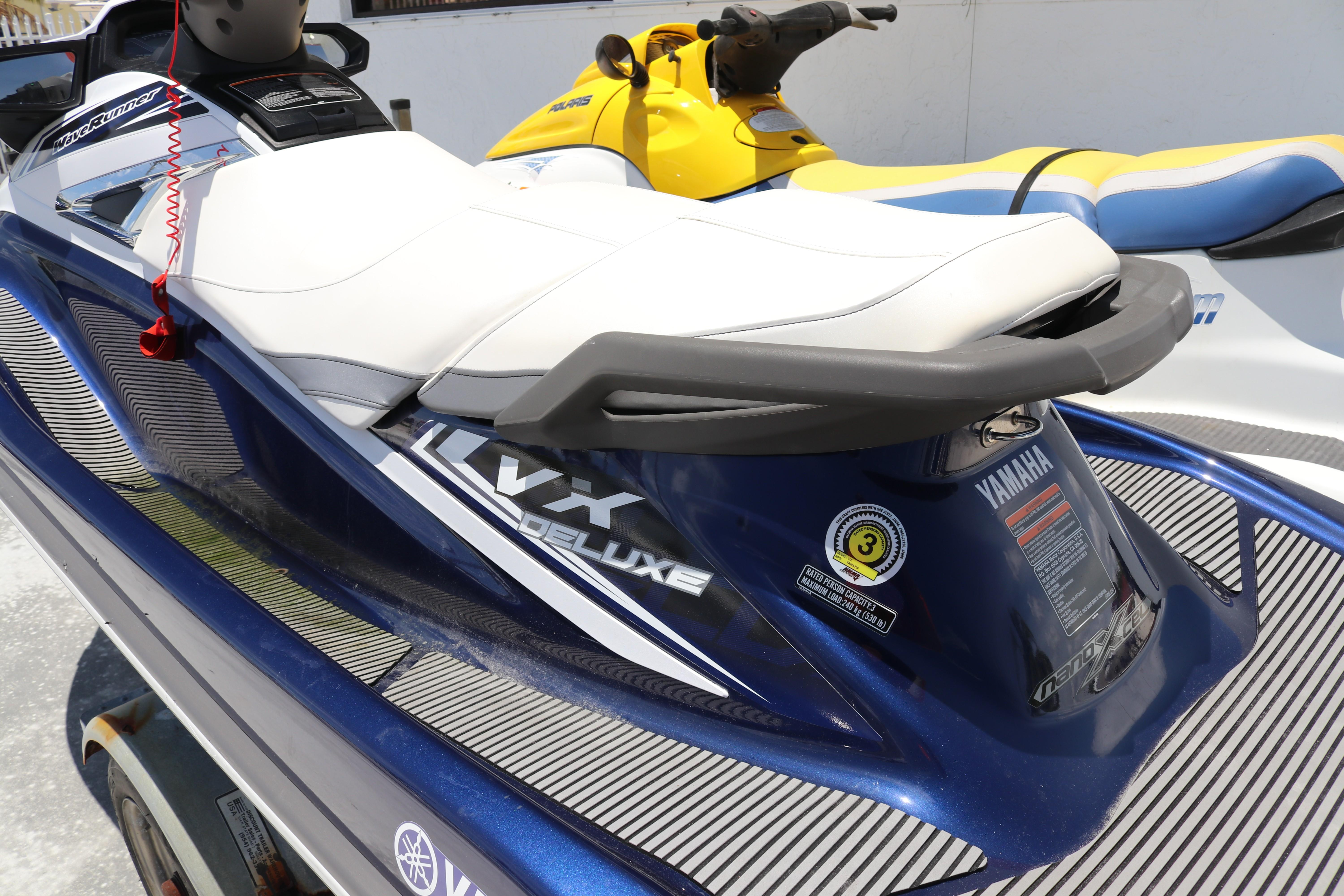 Yamaha WaveRunner VX Deluxe for sale in United States of America for ...