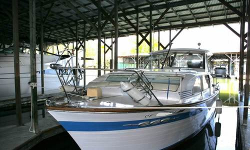 Image of Chris-Craft Constellation 30 for sale in United States of America for $11,000 (£8,287) Isleton, California, United States of America