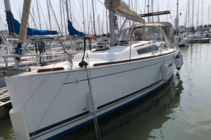 Dufour 375 GRAND LARGE for sale in Belgium for €95,000 (£83,217)