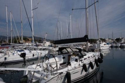 Beneteau First 35 for sale in France for €140,000 (£122,068)