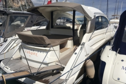 Prestige 390 S for sale in France for €210,000 (£184,035)
