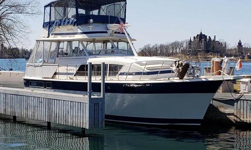 Image of Chris-Craft 410 Commander for sale in United States of America for $54,900 (£41,390) Alexandria Bay, New York, United States of America