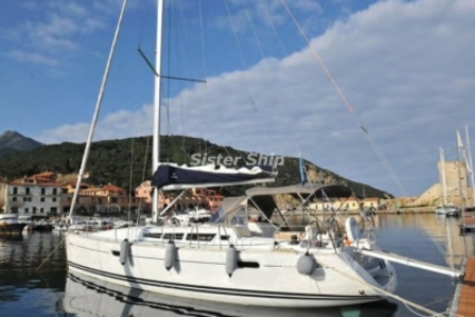 Jeanneau Sun Odyssey 42i for sale in Italy for €99,000 (£86,937)