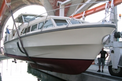 Birchwood 33 for sale in France for €25,000 (£22,328)