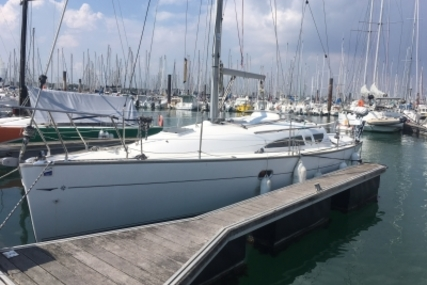 Jeanneau Sun Odyssey 32 for sale in France for 40,000 € (34,877 £)