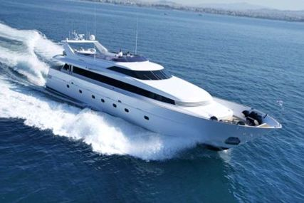 Admiral 33 for sale in Greece for €2,750,000 (£2,409,976)