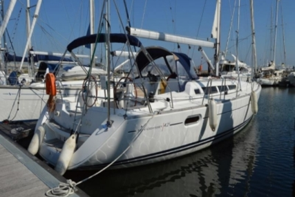 Jeanneau Sun Odyssey 42i for sale in Portugal for €115,000 (£100,987)