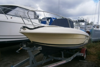Jeanneau Cap Camarat 515 for sale in France for €9,500 (£8,485)