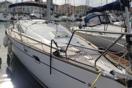 Jeanneau Sun Odyssey 35 for sale in France for €66,500 (£58,278)