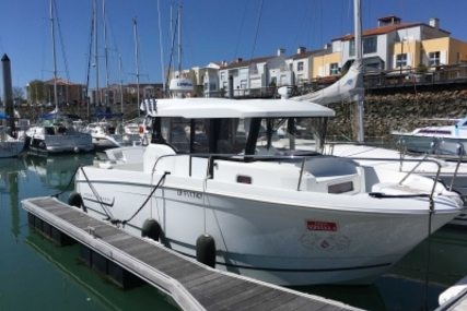 Jeanneau Merry Fisher 855 Marlin for sale in France for €89,000 (£77,934)