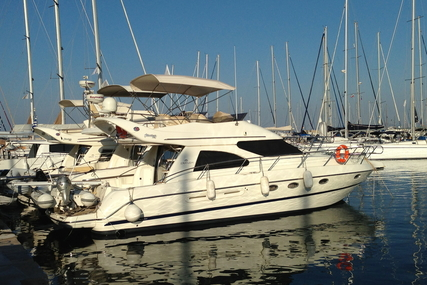 Cranchi Atlantique 40 for sale in Greece for €185,000 (£162,265)