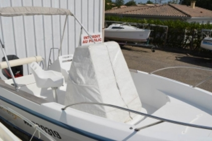 Beneteau Flyer 570 Open for sale in France for €9,500 (£8,325)