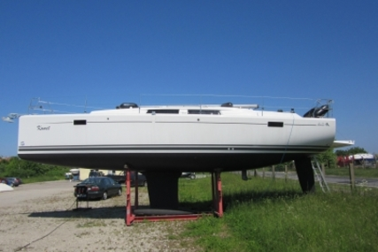 Hanse 385 for sale in Germany for €116,000 (£102,399)