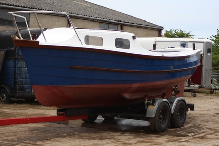 COX MARINE Brightlingsea Matelot 21 for sale in United Kingdom for £3,250 ($4,215)