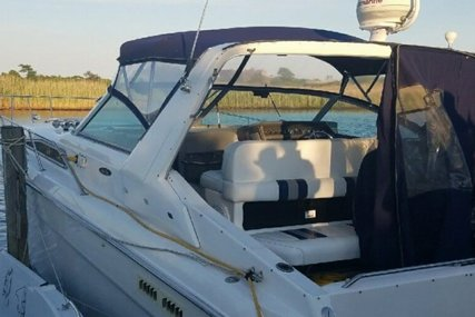 Sea Ray 350 Sundancer for sale in United States of America for $26,500 (£20,402)