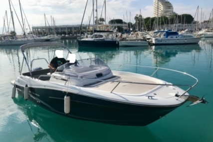 Jeanneau Cap Camarat 7.5 WA for sale in France for €55,000 (£49,384)