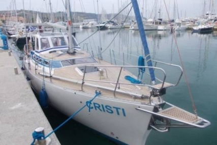 Janmor 40 BIS REYA for sale in Greece for €63,500 (£56,774)