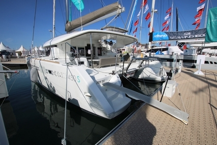 Lagoon 450S for sale in France for £490,000