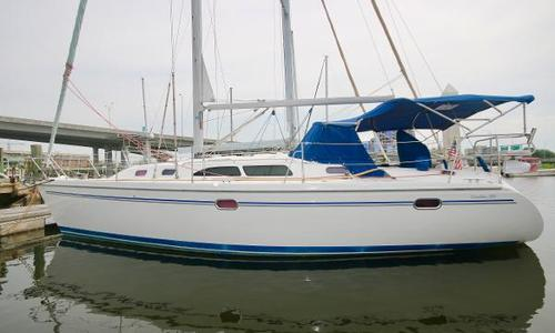 Image of Catalina 350 for sale in United States of America for $95,000 (£73,102) Charleston, SC, United States of America