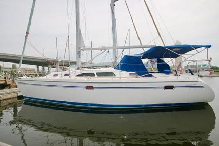Catalina 350 for sale in United States of America for $95,000 (£73,386)